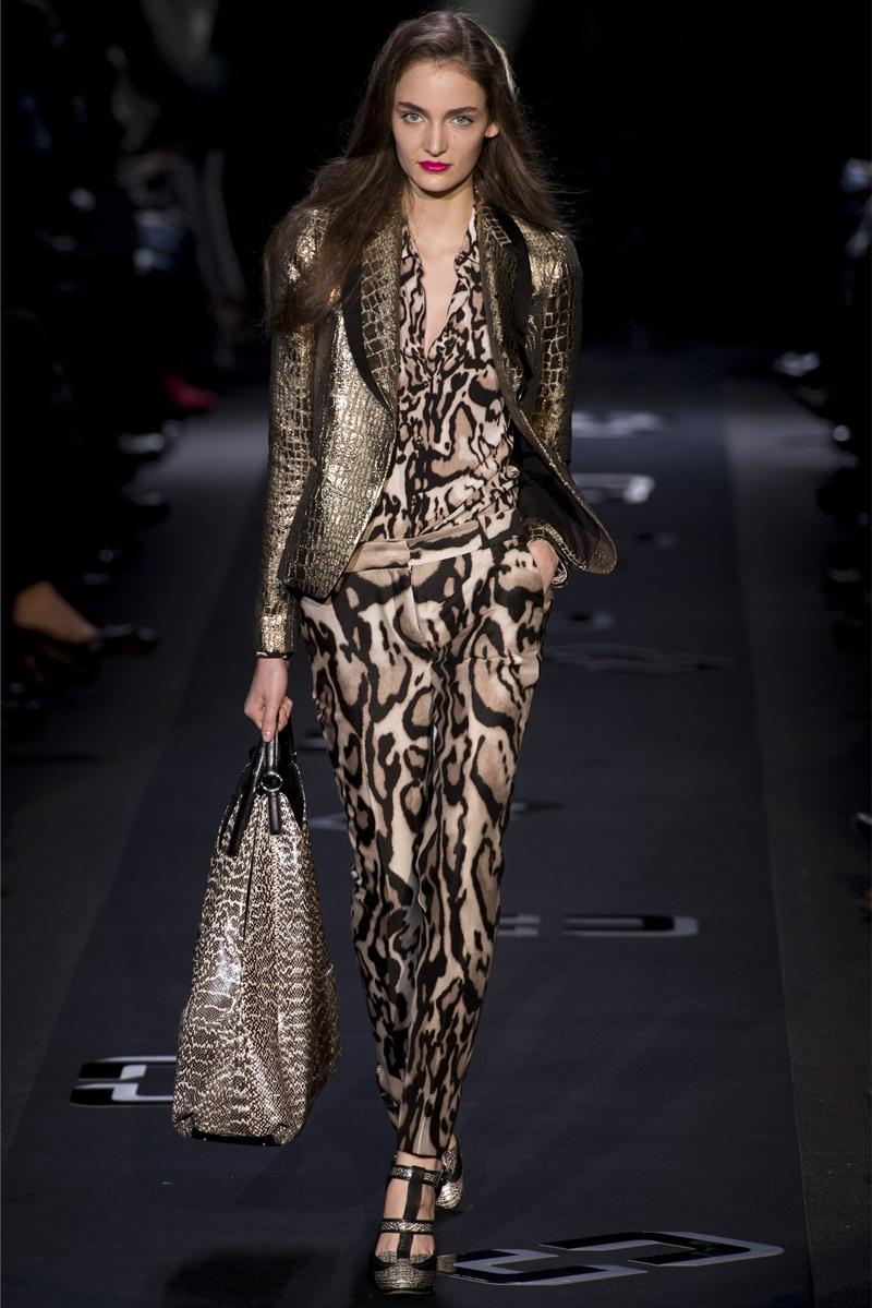 Diane von furstenberg fall winter collection is smokin hot for Diane von furstenberg new york