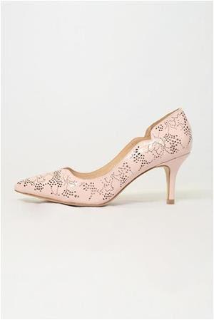 womens pink shoe