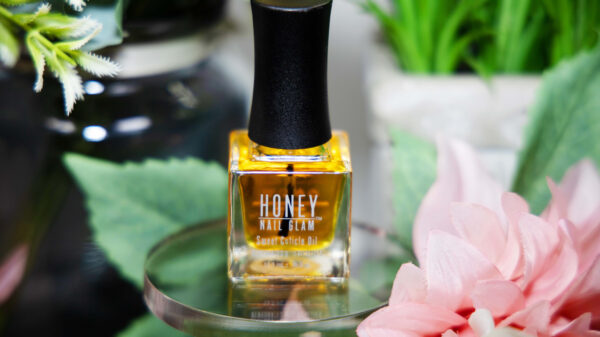 Vegan Cuticle Oil, honey nail glam