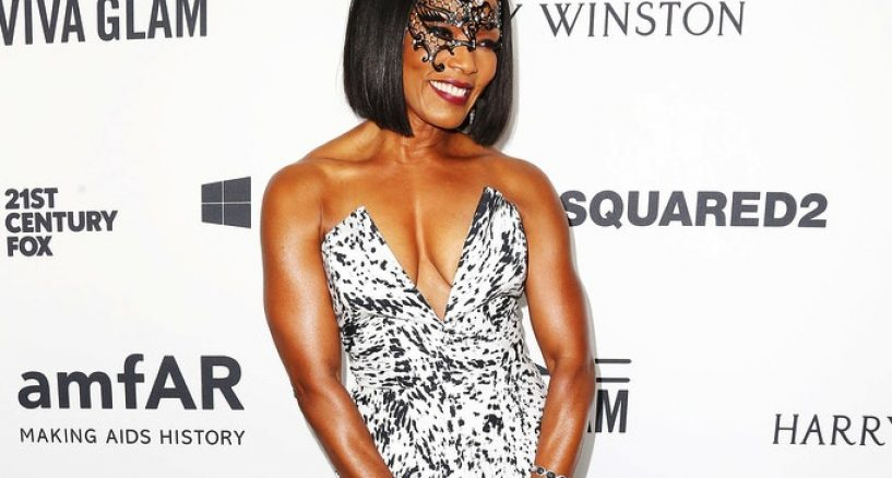 Angela Bassett Star Style Diamonds At The amfAR's Inspiration Gala