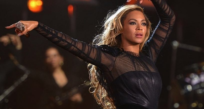 Beyonce, Why Diss Her Concert Performance Style?