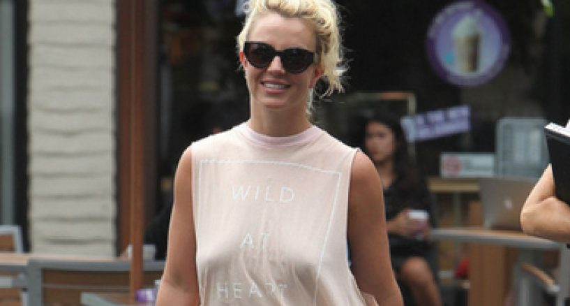 Britney Spears In ISSON Sunglasses