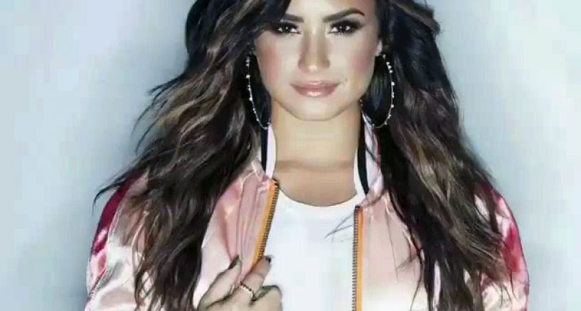 Demi Lovato's FAB diamond studded hoops