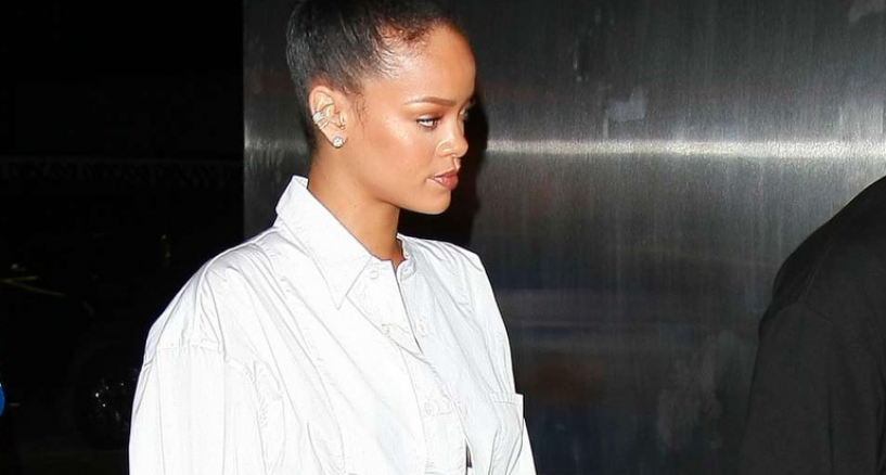 Rihanna Rocks A Lydia Couteille green tourmaline ring