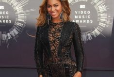 Beyonce wears Nicolas Jebran at the MTV VMA's