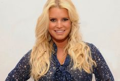 Jessica Simpson's March of Dimes bracelet, Gifts To Give!