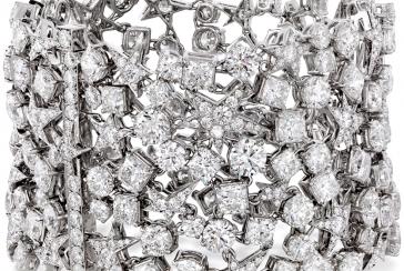 Mariah Carey's Red Carpet Fabulous Diamond Jewel Moment